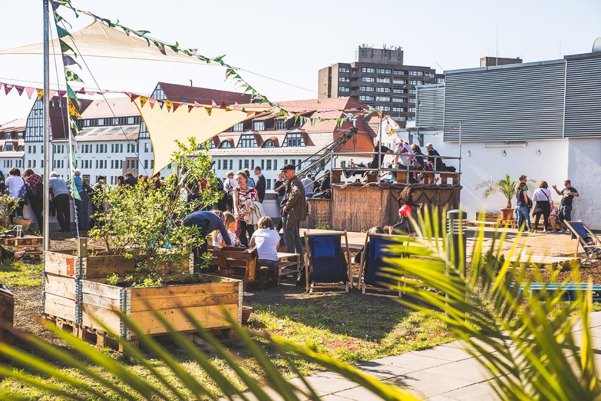 Dachterasse der Dockx Sommerbar
